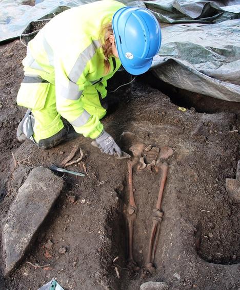 Utgravning_grav
