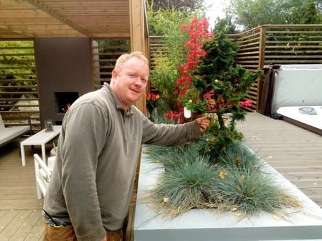 Darren Saines ny hage sept 2014