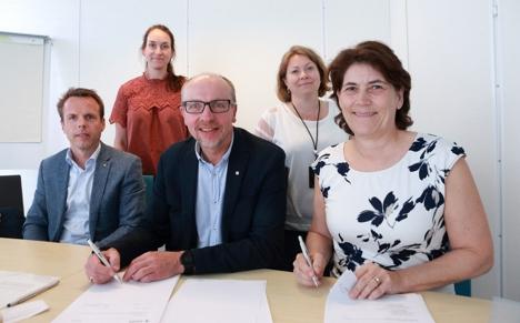 Signering Kongsberg1400