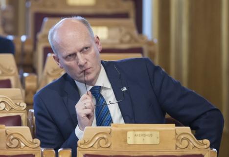 Anders B Werp under interpellasjonen om oppfølging av Gjørv-kommisjonens anbefalinger.
