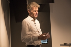 Knut W Johansen