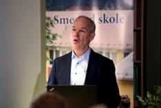 Kunnskaps- og integreringsminister Jan Tore Sanner legger fram nye lÊreplanar i skolen