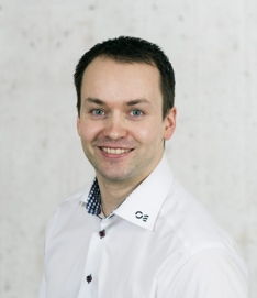 oysten-knudsen-_oksnes-entreprenor_skjorte-e1618484025858